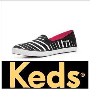 Unique KEDS Black/White Crash Back Slip-on …